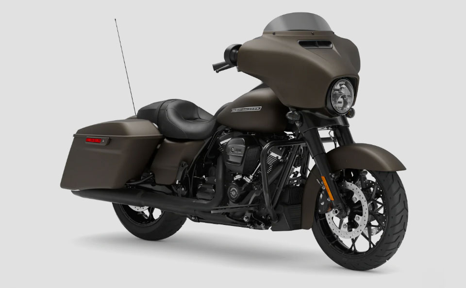 Street-Glide-Special-01
